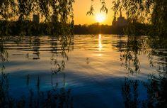 Sunset over Herastrau Park, Bucharest, RO (by Bucuresti Optimist)