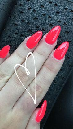 #nails #fucsiafluo ❤️