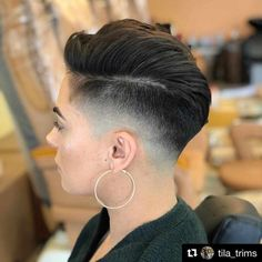 35 Latest Short Hairstyles For Women 2019 Face Shape Hairstyles, Hairstyles For Round Faces, Pixie Hairstyles, Popular Short Hairstyles, Trending Hairstyles, Short Hair Cuts, Short Hair Styles, Long Thin Hair, Girl Haircuts