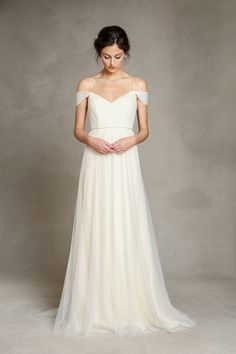 Wonderful Perfect Wedding Dress For The Bride Ideas. Ineffable Perfect Wedding Dress For The Bride Ideas. Bride Gowns, Wedding Gowns, Wedding Bride, Perfect Wedding, Dream Wedding, Elegant Wedding, Dress Vestidos, Yes To The Dress, Bridal Collection