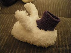 Ravelry: Infant Bunny Slipper Booties pattern by Jes FancyPants  free