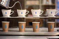 アメリカ・カリフォルニア州オークランド発の人気コーヒーショップ「ブルーボトルコーヒー」の日本上陸が決定。2015年2月6日(金)、東京・清澄白河に1号店を、3月7日(土)東京・青山に2号店を出店する。...