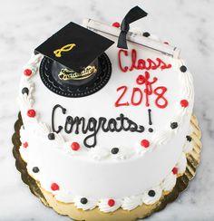 32 Best Graduation Cakes images | Cake, Graduation, Bakery ...