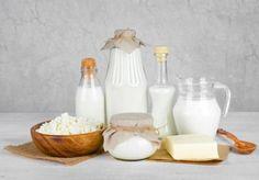Come prendere il kefir per dimagrire. Il kefir è diventato uno degli ingredienti più apprezzati per dimagrire in maniera naturale. È un alimento al probiotico che, stando a contatto con il latte, fermenta e produce una sostanza densa, mol...