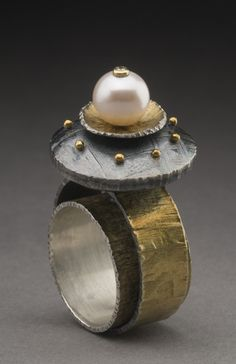 Ring | Juan Carlos Cabailero-Perez.  Sterling silver, 18k gold, diamond, pearl