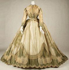 1865+Robe+à+Transformation+++The+Metropolitan+Museum+of+Art2+copy.jpg 469×479 pixel