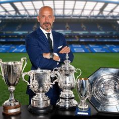 Chelsea Football Team, Sport Football, Doncaster Rovers, Uefa Super Cup, Michelle And Barack Obama, Association Football, Most Popular Sports, Home Sport, Stamford Bridge