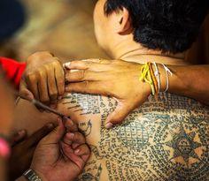 Conheça o trabalho dos monges tatuadores da Tailândia
