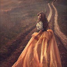 18 Ideas Fashion Photography Fantasy Fairytale For 2019 Fantasy Photography, Fashion Photography, Fairy Tale Photography, Wedding Photography, Poses Photo, Madame, Look Fashion, Net Fashion, Trendy Fashion