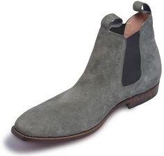 men gray Chelsea shoes
