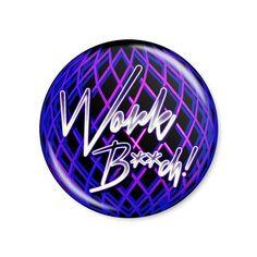 Britney Spears - Work Bitch! /  Button modelo americano com 4,5cm de diâmetro. Imagem/foto impresa em papel fotográfico protegida por papel filme transparente. Acompanha alfinete traseiro.