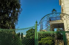 Gate to better life...