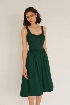 Sukienka Scarlett Zielona – SERIOUSLY Summer Dresses, Casual, Model, Fashion, Moda, Summer Sundresses, Fashion Styles, Fashion Illustrations