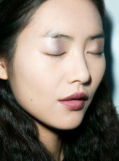 Runway Beauty: Metallic Eyes and Wine Lips at Derek Lam Fall 2013