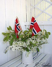 Bilderesultat for 17 mai champagnefrokost 17. Mai, May Celebrations, Sons Of Norway, Watercolor Clipart, Constitution Day, Norwegian Food, Norway Travel, Time To Celebrate, Old Farm