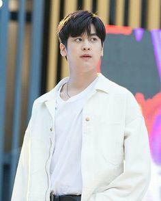 Chanwoo Ikon, Hanbin, Koo Jun Hoe, Kim Ji Won, Kim Dong, Boys Over Flowers, Lee Min Ho, Fangirl, Kpop