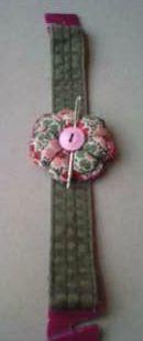bracelet fleur,  porte-aiguilles, récupération couture, couture Epernay, recyclage Epernay, pique aiguilles,