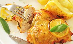 If you're going with grilled chicken for dinner, odds are you're looking to keep the cooking process nice and simple. That's exactly the philosophy behind this lemon chicken recipe: easy, fast, and delicious. Epicure Recipes, Healthy Recipes, Basil Recipes, Healthy Eats, Yummy Recipes, Yummy Food, Glazed Chicken, Lemon Chicken, Greek Seasoning