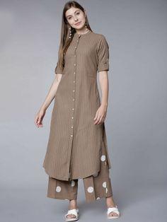 Salwar Designs, Silk Kurti Designs, Kurta Designs Women, Kurti Designs Party Wear, Simple Kurta Designs, Stylish Dress Designs, Stylish Kurtis Design, Stylish Dresses, Kurta Neck Design