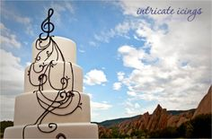 Oooo! I really love this one. Music Wedding Cake