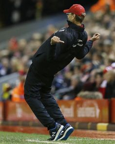 Jürgen Klopp shows his excitement at Anfield. It remains 1-1 at Anfield #LFC