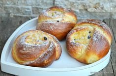 Home Recipes, Sweets Recipes, Bread Recipes, Sweet Desserts, Easy Desserts, Romanian Food, Pastry Cake, Food Cakes, Food Art