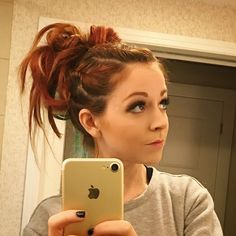 I was so proud of this hairdo I did yesterday, that I slept on all night to keep it for tonight's show. Lindsey Stirling Style, Best Violinist, Bun Updo, Queen, Great Hair, Bun Hairstyles, Hairdos, Braid Styles, Hair Looks