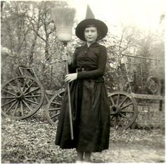 Real Witches   real-witch-photos-vintage-10-