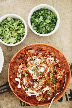 Slimming World Chilli Con Carne- Syn Free & Slow Cooker - Tastefully Vikkie Slimming World Chilli, Slow Cooker Slimming World, Slimming World Recipes, Slow Cooker Chilli, Slow Cooker Chicken, Slow Cooker Recipes, Healthy Dinner Recipes, Diet Recipes, Vegetarian Recipes