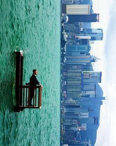 Phillipe Ramette - Balcon II, Hong Kong (2001) Surreal
