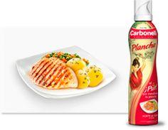Carbonell Plancha ¿quién ha dicho que cocinar a la plancha sea aburrido? Waffles, Breakfast, Food, Cook, Olive Oil, Planks, Morning Coffee, Essen, Waffle