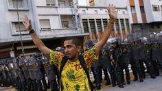 Relato da repressão policial em primeiro grande ato contra o aumento da tarifa de transporte público em São Paulo, por Eliane Brum
