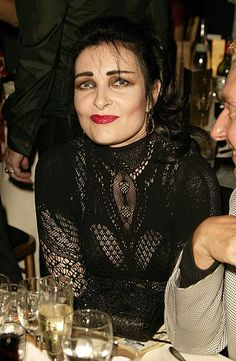Siouxsie Sioux attends The MOJO Honours List the music magazine's second annual awards, at Porchester Hall on June 2005 in London, England. The Honours List of 10 awards recognizes 'career-long contributions to popular music'. Siouxsie Sioux, Siouxsie & The Banshees, Magazine Pictures, Punk Women, Louise Brooks, New Romantics, Music Magazines, Alternative Music, Post Punk