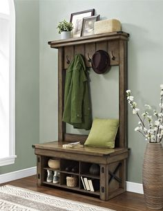 This DIY Hall Tree Bench is the perfect addition for your entryway. Check out the building plans and tutorial on how to build your own Entryway Hall Tree bench. This modern farmhouse hall tree is one you don't wanna miss. Entryway Hall Tree, Hall Tree Bench, Hallway Bench, Entryway Decor, Hall Trees, Hallway Ideas, Entryway Ideas, Bench Mudroom, Narrow Hall Tree