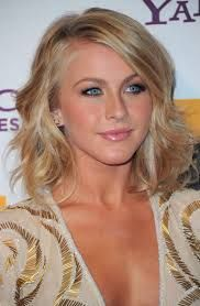 Google Image Result for http://www4.pictures.stylebistro.com/gi/Julianne+Hough+Shoulder+Length+Hairstyles+NqOTHv_no6tl.jpg