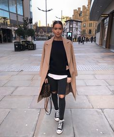 Casual Outfits 464926361528712667 - Discover the 2018 winter trends. - Casual Outfits 464926361528712667 – Discover the winter 2018 trends. Winter Trends, Fall Fashion Trends, Fashion Ideas, Winter 2017, Fashion Mode, Look Fashion, Womens Fashion, Fashion Design, Fashion Styles