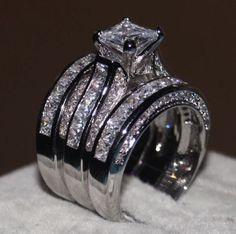 New 18 k White Gold wedding ring set engagement ring
