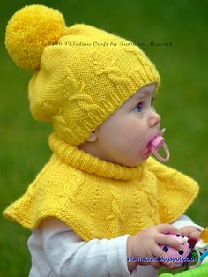Post - This knitting pattern is for Cable Crown Hat and Cowl Set. Because every girl is a mum's little princess I wanted to imitate a crown pattern on Baby Knitting Patterns, Crown Pattern, Knit In The Round, Kids Hats, Stockinette, Girl With Hat, Baby Sweaters, Baby Hats, Knitting Projects