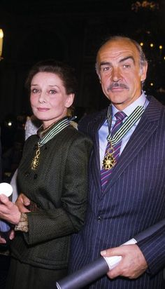 Audrey Hepburn and Sean Connery photographed together after having been awarded a Commandeur de L'Ordre des Arts et des Lettres for their significant contributions furthering the arts in France and throughout the world, Paris, France, March 1987 Sean Connery, Audrey Hepburn Born, Audrey Hepburn Photos, Divas, Steve Mcqueen, Marlon Brando, Philippe De Villiers, Kevin Costner, Richard Gere