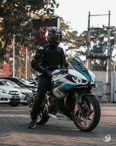 information and pictures for motorcycles Motorcycle Style, Motorcycle Outfit, Motorcycle Accessories, Motorcycle Touring, Kawasaki Bikes, Yamaha Bikes, Yamaha R25, Cb 1000, Speed Bike