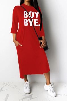 Eftag Women's Fashion Loose Letter Print Dress If you're looking for a casual wear, round neck dress look no further than this! Our casual dress will add an instant style upgrade to your closet. Women's Dresses, Cotton Dresses, T Shirt World, Types Of Sleeves, Casual Wear, Women's Fashion, Lettering, How To Wear, Shirts