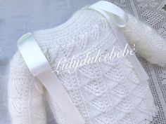 Lidy Dulce bebé. : 2018 Baby Sweaters, Baby Knitting, Knit Crochet, Diy And Crafts, Polo, Knit Jacket, Vestidos, Handmade Baby Clothes, Baby Knits