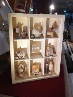 いろんなミニチュアが集合したボックスフレームsize/12x18x3cm|ハンドメイド、手作り、手仕事品の通販・販売・購入ならCreema。