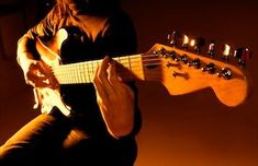 Beginner Guitar Lessons is a multi part VIDEO series on how to play guitar. These FREE guitar lessons will help you learn to play guitar through videos, visuals and a linear approach. These online guitar lessons are designed for the absolute beginner all the way up to the seasoned songwriter that wants to have a deeper understanding of country, rock, blues and jazz theory.