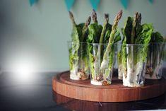 En nem og lækker opskrift på et lille grønt snack, der passer perfekt til maden eller festen. Opskriften er hurtig og kan nemt laves til mange personer.