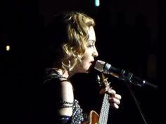 Madonna canta 'La vie en rose' (Youtube)
