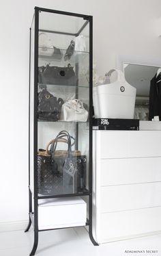 Walk-in Closet: Vitrine voor mooiste tassen en schoenen #IKEAcatalogus