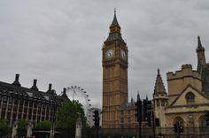 Big Benの愛称で親しまれるロンドンのアイコン。エリザベス2世の在位60周年を記念して「エリザベス・タワー」へ改称に。