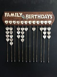 Family birthdays diy - Family Birthday DIY Boards for Couples – Family birthdays diy Birthday Calendar Board, Family Birthday Board, Birthday Diy, Birthday Reminder Board, Perpetual Birthday Calendar, Diy Projects For Couples, Wooden Calendar, Family Calendar, Ideias Diy