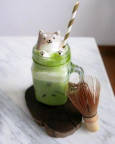 Polar Bear. 3D Coffee Latte Creature Designs. By Daphne Tan.